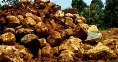Peratin Kerbang Dalam Buang Badan Soal Tambang Batu PT DAS KN